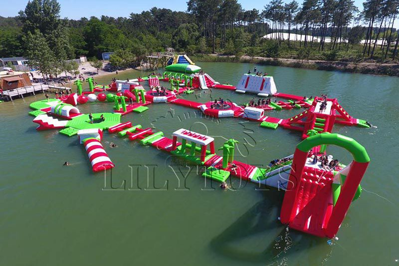 Lilytoys TUV aqua park inflatabler beach water games unicorn obstacle course water play equipment floating island factory price