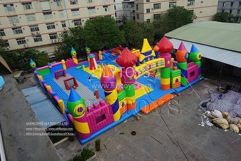 Indoor Inflatable playground theme park Jumping Park with Obstacle Course Games