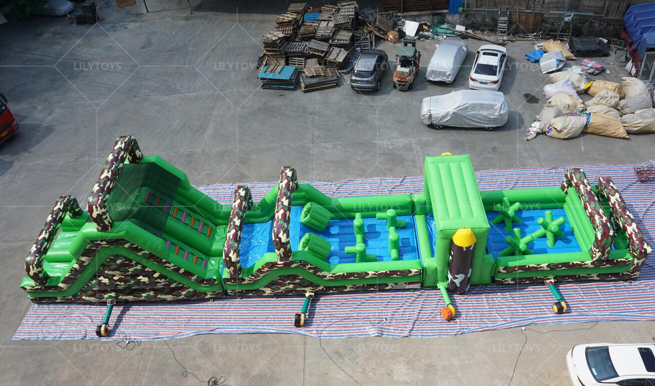 inflatable obstaclec course-01