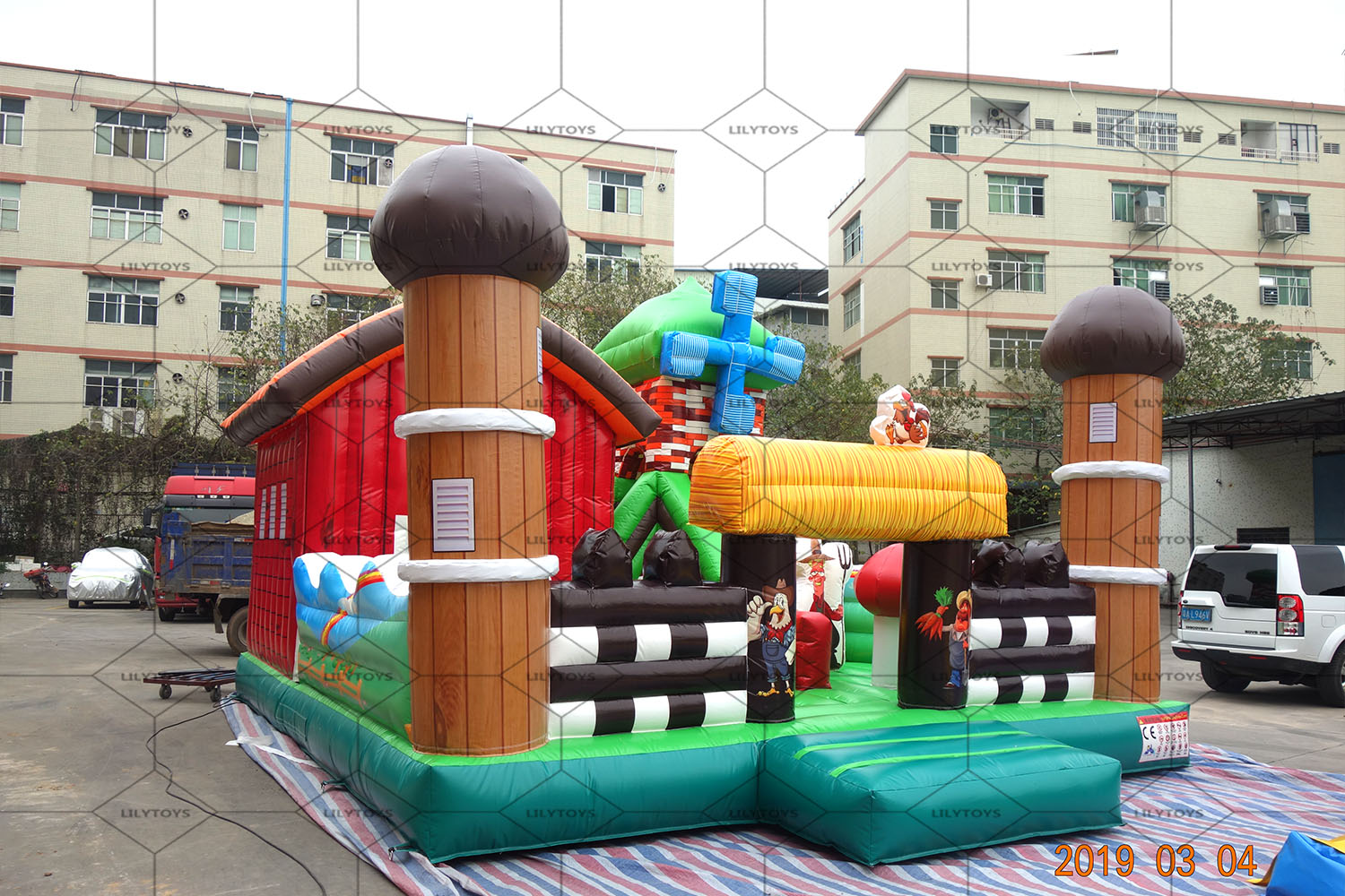 inflatable farm bounce castle with slide