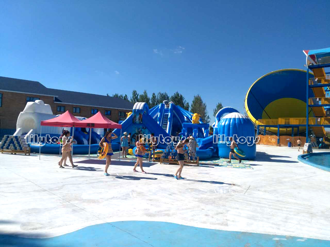 ice inflatable water park with pool