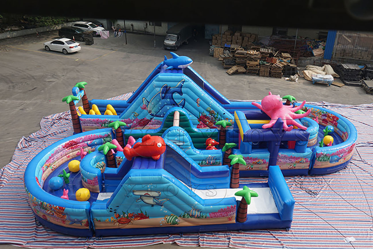 inflatable sea theme obstacle course for sale