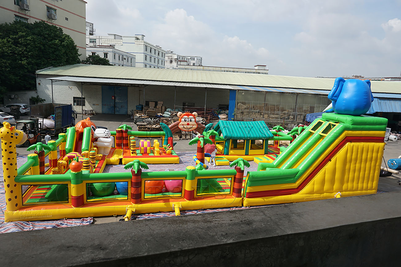 square shape jungle obstacle course for kids
