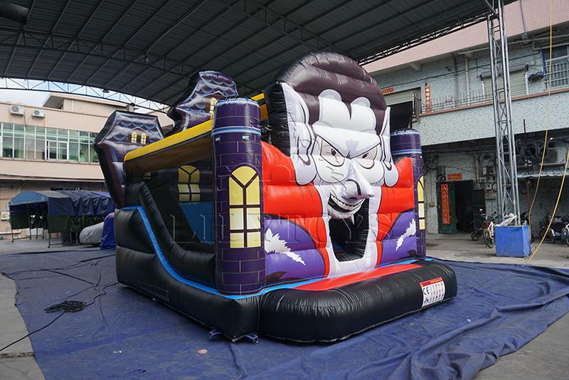 Halloween inflatable bounce combo
