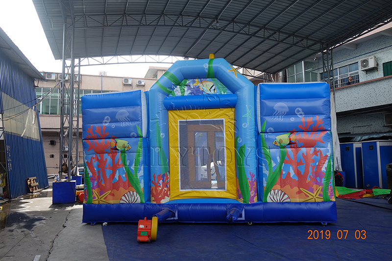 inflatable bounce outdoor
