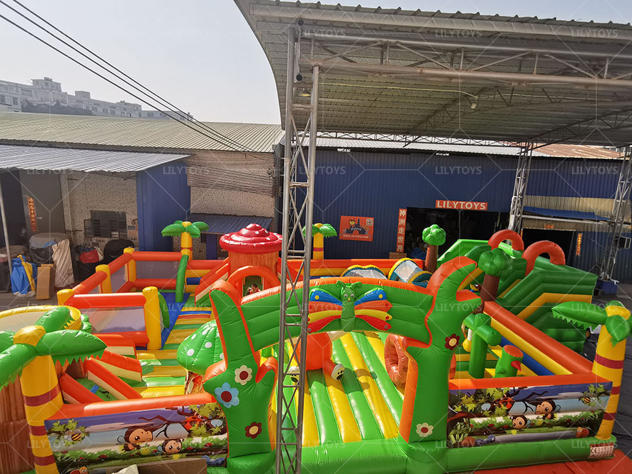 giant tropical inflatable playground for kids