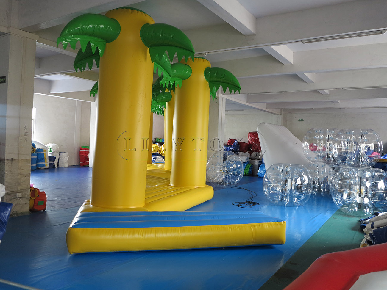 inflatable water park (26)