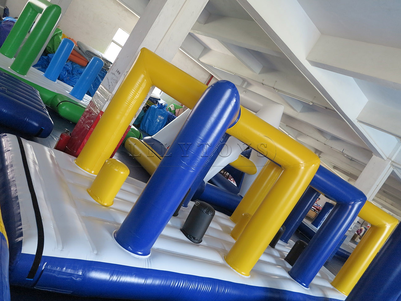 inflatable water park (60)