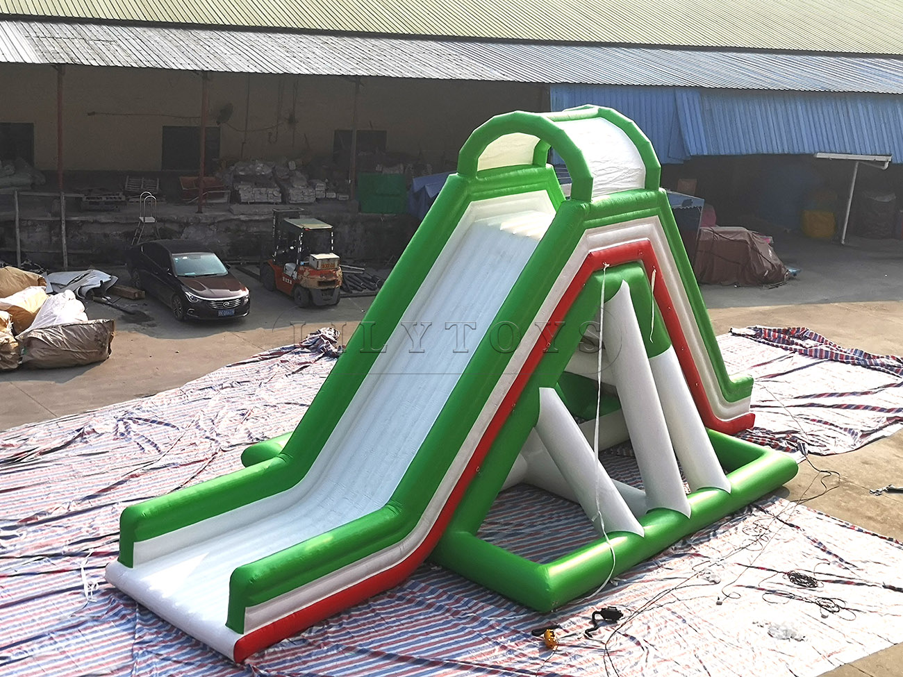 inflatable water slide (1)