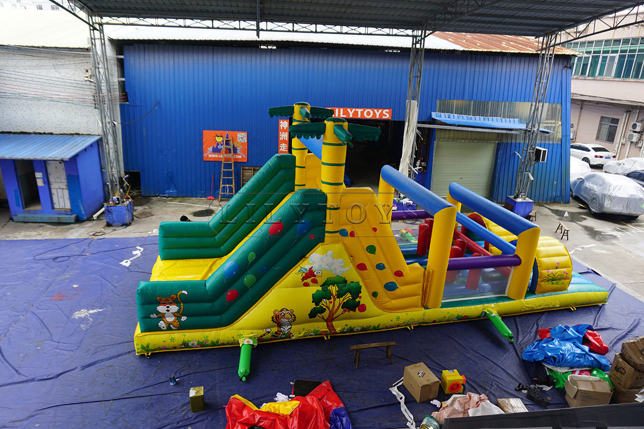 palm tree inflatable obstacle course
