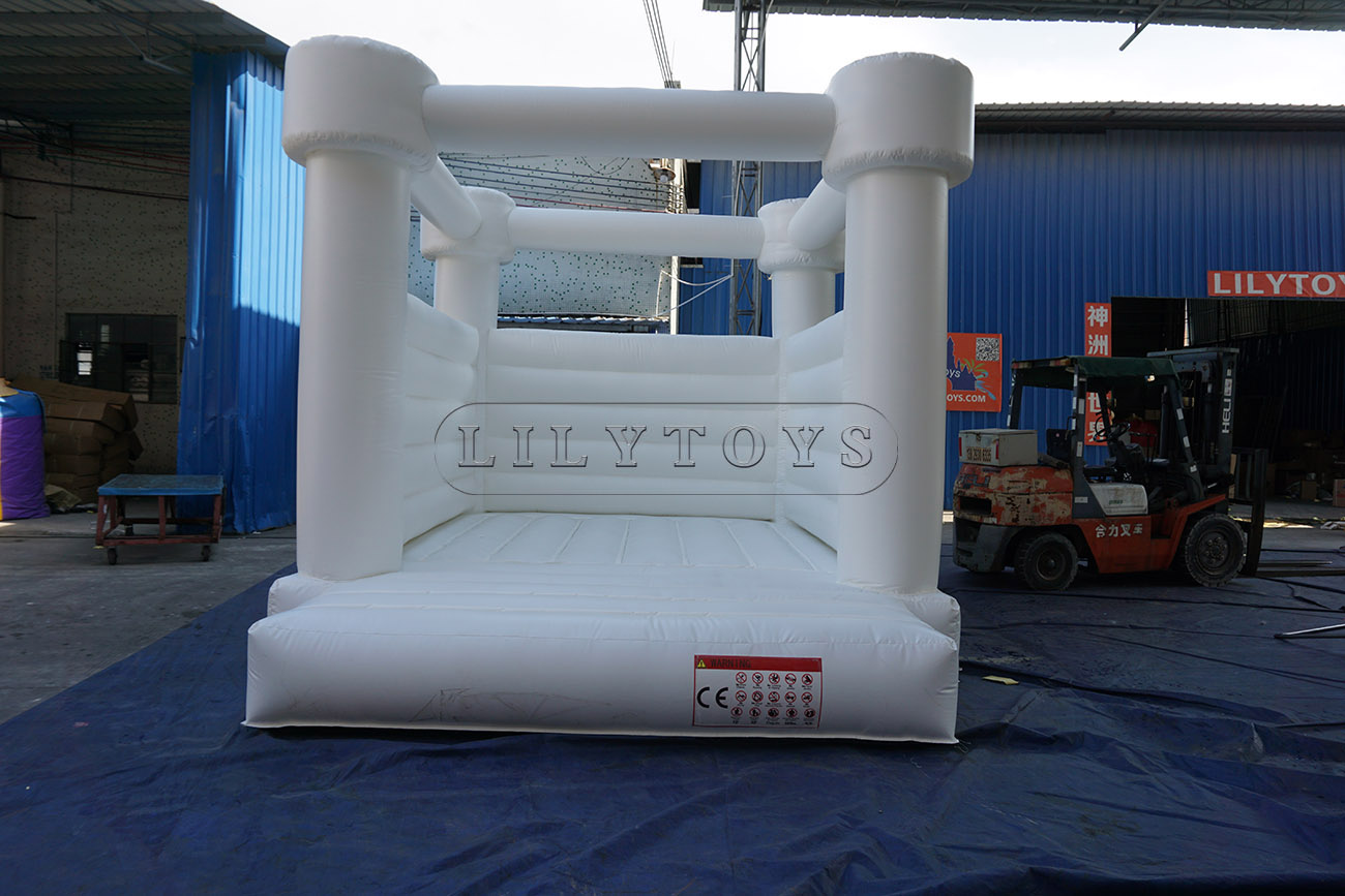 good quality inflatable wedding bouncer white bouncy castle