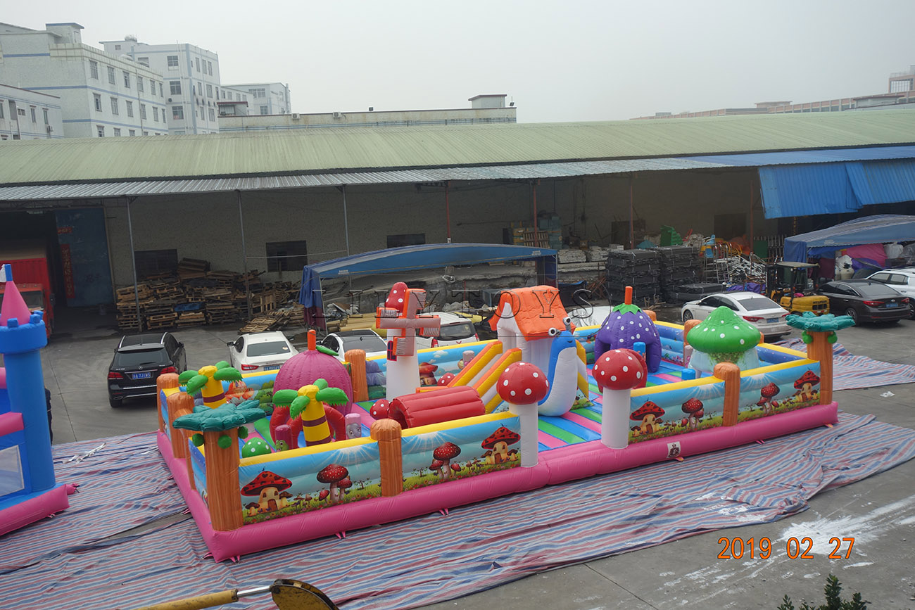 Inflatable playground amusement park equipment