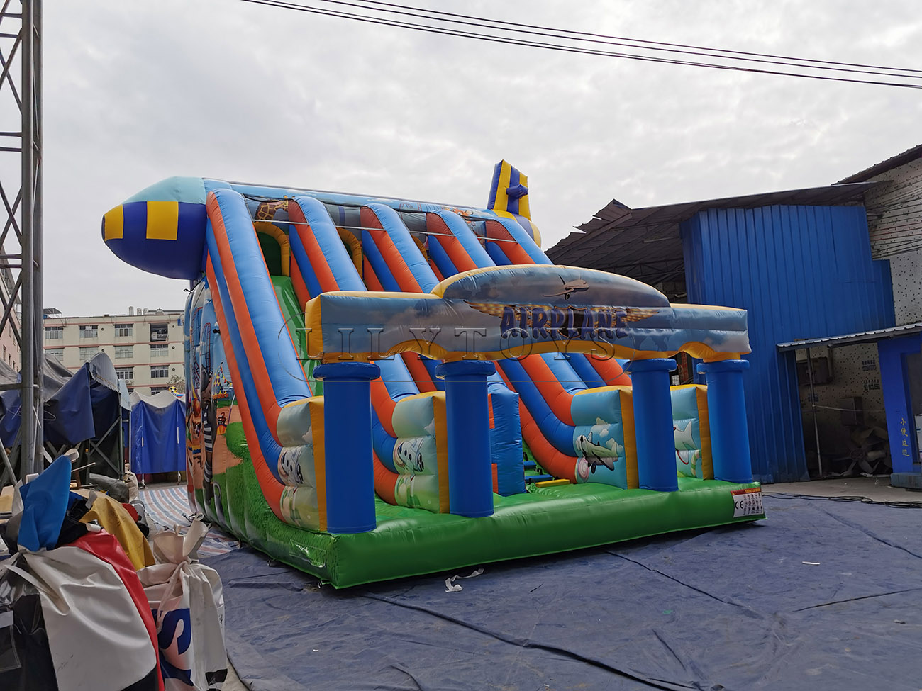 Wholesale inflatable airplane dry slide